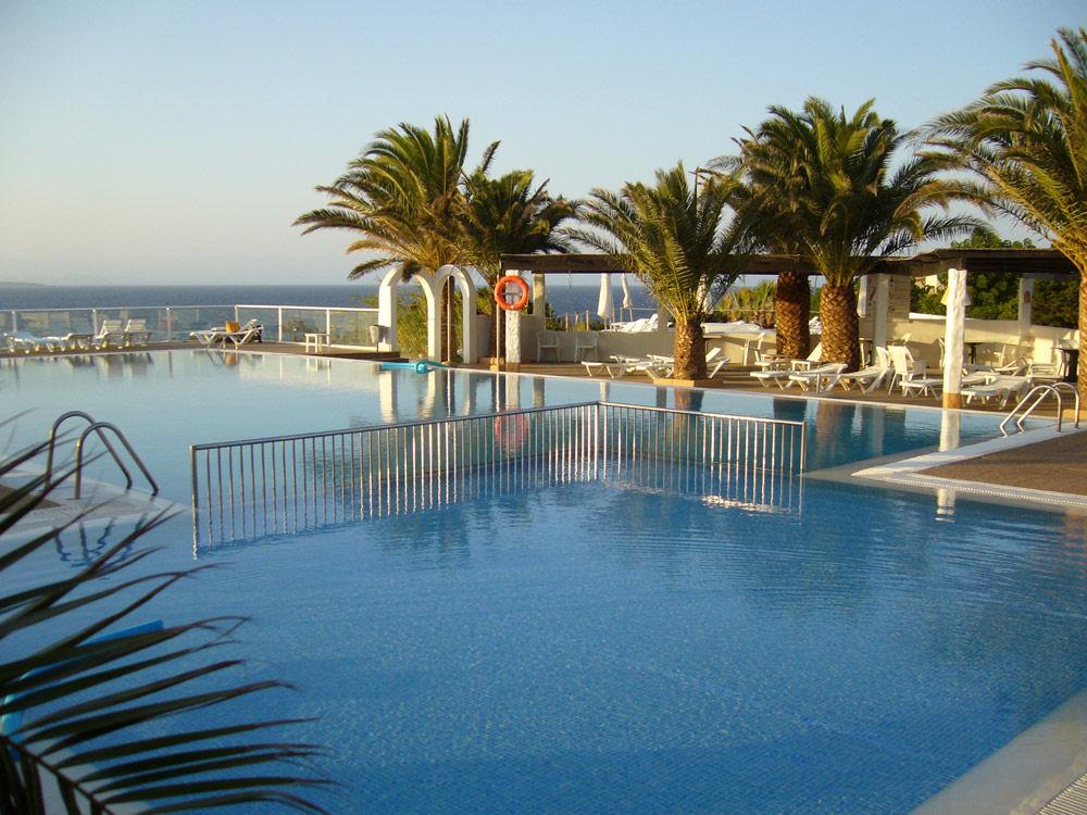 Hotel club punta prima formentera punta prima hotel club for Hotels formentera