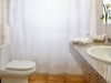 La Pergola Aparthotel bathroom