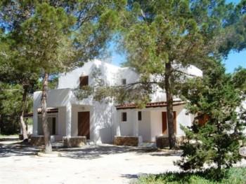 Es Pins Formentera Apartments